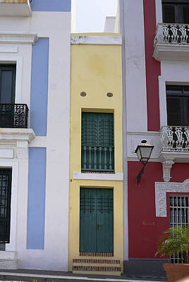 Photograph - Old San Juan - The Narrow House by Richard Reeve