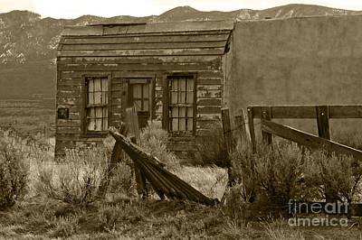 Photograph - Old School House by Ron Roberts