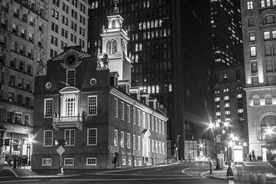Photograph - Old State House And Street In Boston  by John McGraw