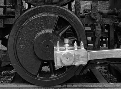 Photograph - Old Steam Engine Drive Train by Gary Slawsky