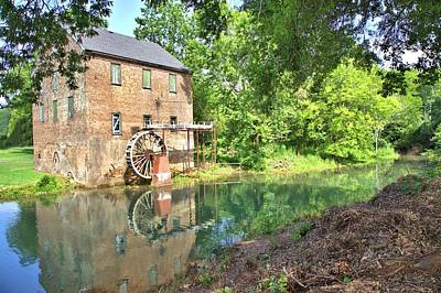 Photograph - Barnett's Old Stone Mill by Gordon Elwell