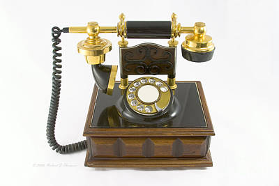 Photograph - Old Styled Telephone by Richard J Thompson
