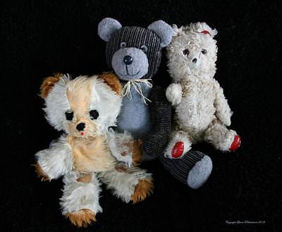 Photograph - Old Teddy Bears by Leena Pekkalainen