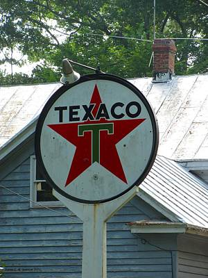 Photograph - Old Texaco by Jennie  Richards