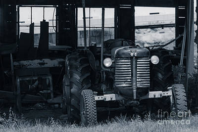 Iowa Farm Photograph - Old Tractor In The Barn by Edward Fielding