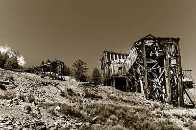 Photograph - Old Tramway Headhouse by Robert Bales