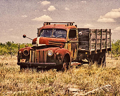 Photograph - Old Truck by Charles McKelroy