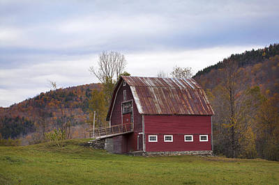 Old Vermont Barn Print by Eric Gendron