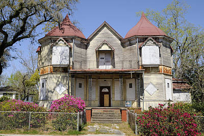 Photograph - Old Victorian House by Bradford Martin