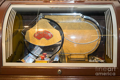 Photograph - Old Vintage Packard Pla-mor Jukebox Dsc2799 by Wingsdomain Art and Photography