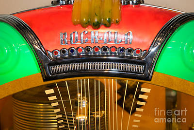 Photograph - Old Vintage Rock Ola Jukebox Dsc2787 by Wingsdomain Art and Photography