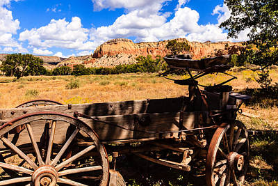 Photograph - Old Wagon Ghost Ranch by Ben Graham