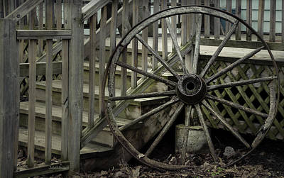 Photograph - Old Wagon Wheel by Julie Palencia
