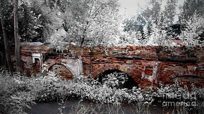 Pyrography - Old Wall by Evgeniy Lankin