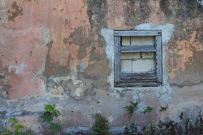 Photograph - Old Wall Nassau Bahamas Img 6913 by Greg Kluempers