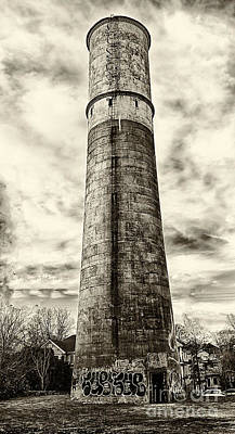 Photograph - Old Water Tower by Bob McGill