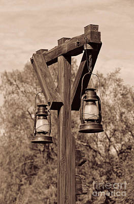 Photograph - Old Western Kerosene Lamp Post by Lee Dos Santos