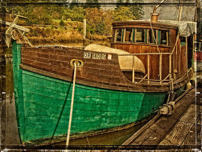 Photograph - Old Wooden Boat On The Yaquina by Thom Zehrfeld