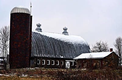 Photograph - Old Dairy Barn by Cathy Shiflett