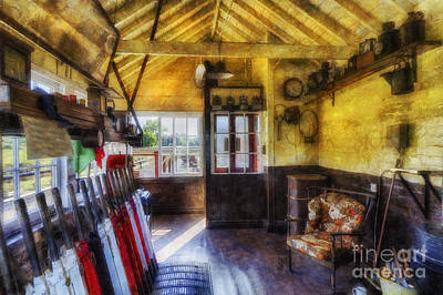 Photograph - Olde Signal Box by Ian Mitchell