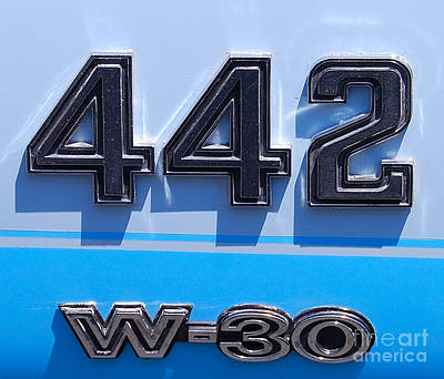 Photograph - Olds 442 W-30 Badge by Mark Spearman