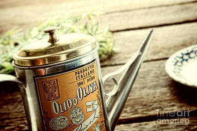 Oil Can Photograph - Olio D'oliva  by Olivier Le Queinec