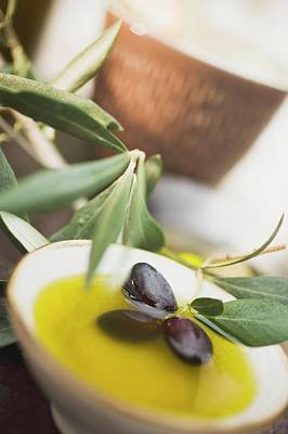 Olive Oil In Small Bowl With Black Olives Art Print