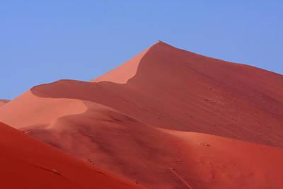 Photograph - Sand Dune At Sossusvlei Namibia by Aidan Moran