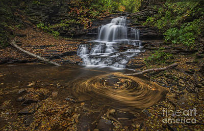 Photograph - Onandaga Falls by Roman Kurywczak