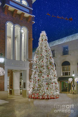 Photograph - One Rodeo Drive Beverly Hills Holiday  by David Zanzinger