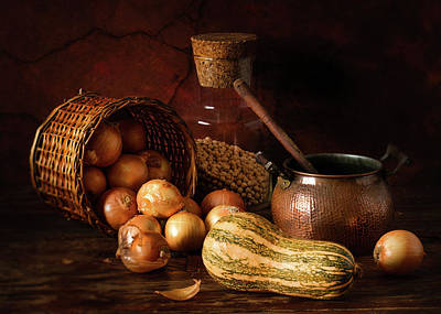 Onion Wall Art - Photograph - Onions And Pumpkin by Luiz Laercio