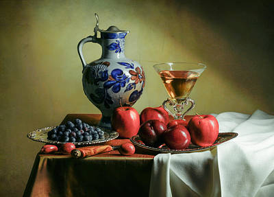 Photograph - Ontbijtje With Blue Tankard-red Apples And Venetian Glass by Levin Rodriguez