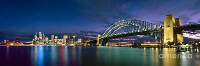 Sydney Skyline Photograph - Queen Of The Night by Boris  Vargovic