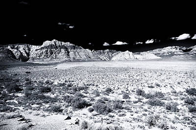 Photograph - Open Range At Red Rock Canyon by John Rizzuto