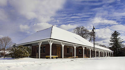 Snow Scene Photograph - Orchard Park Depot by Peter Chilelli