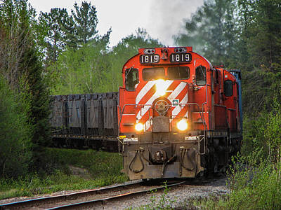 Red Ore Train On A Curve Near Bathurst Art Print by Steve Boyko