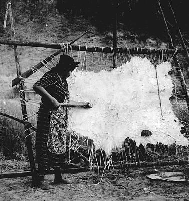 Oregon Hide Scraping, 1939 Art Print