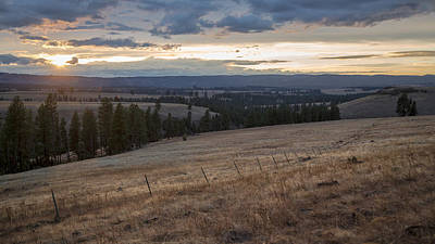 Photograph - Oregon Valley by Ryan Heffron
