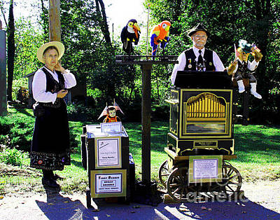 Photograph - Organ Grinder Family by Larry Oskin