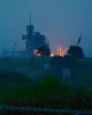Photograph - Orion Eft-1 Liftoff by Patrick Anderson