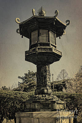 Photograph - Ornate Lamp Post In Front Of A Buddhist Temple by Beverly Claire Kaiya