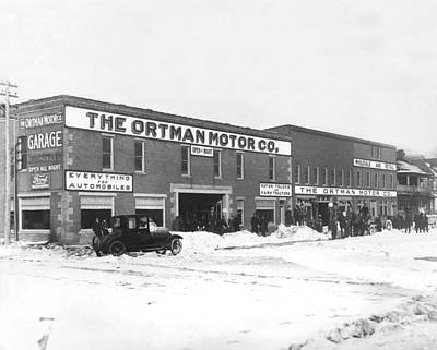 Court House Photograph - Ortman Motor Company by Underwood Archives