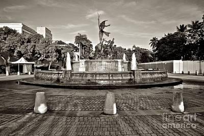 Photograph - Osj 11171sp by Ricardo J Ruiz de Porras
