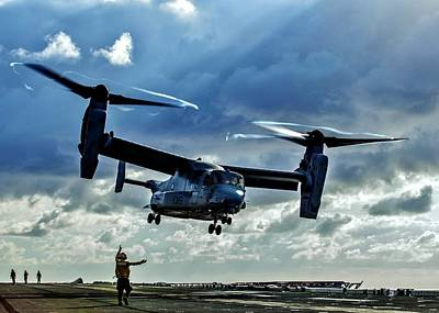 Photograph - Osprey Approach by Benjamin Yeager