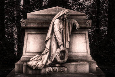 Headstone Photograph - Otis Monument by Tom Mc Nemar
