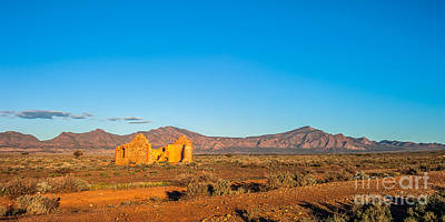 Photograph - Outback Ruins Pano by Ray Warren