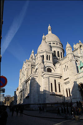 Montmartre Photograph - Outside The Basilica Of The Sacred Heart Of Paris - Sacre Coeur - Paris France - 01133 by DC Photographer