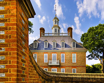 Over The Palace Walls In Williamsburg Art Print by Mark E Tisdale