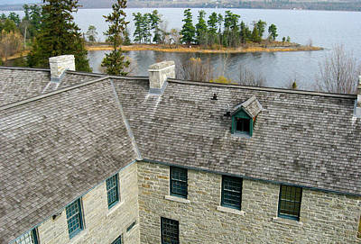 Kites Photograph - Over The Roof - Pinhey's Point Ontario by Rob Huntley