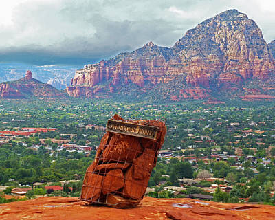 Photograph - Overlook Point In Sedona Az by Toby McGuire